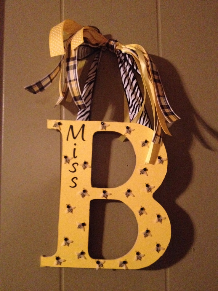 Miss Ba Busy Bee Door Wreath For Her Classroom