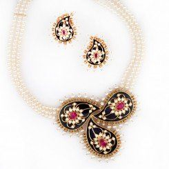 Buy Diamond Necklace Online | Long Gold Necklace Designs