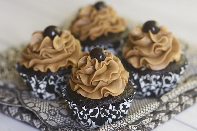 chocolate espresso cupcakes. best. recipe. ever.