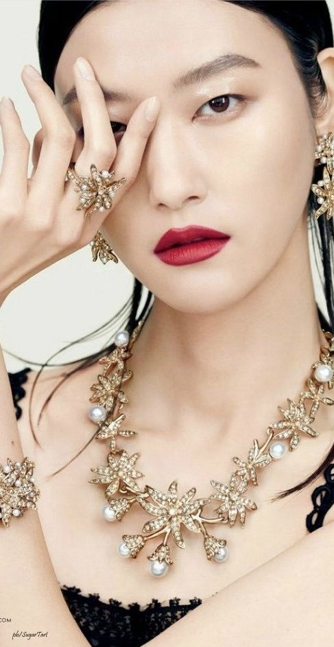 Asian princess ring
