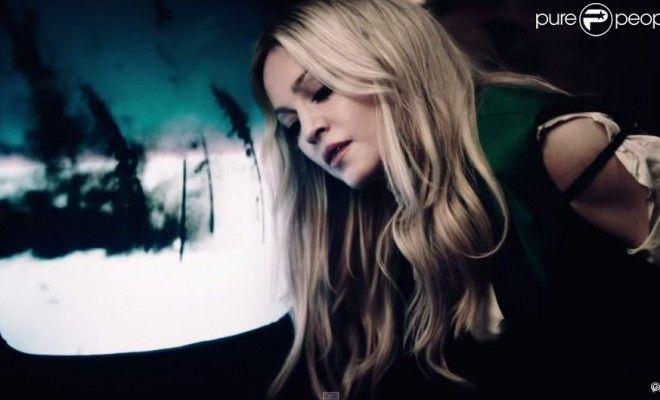 Madonna – Ghosttown