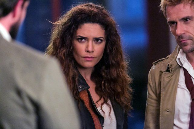 stills from Constantine tv show | Still of Matt Ryan and Angélica Celaya in Constantine (2014)