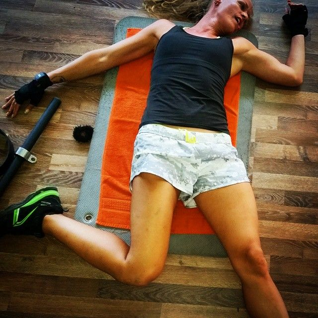 My state of #health after today's great #leg & #abs #workout! #happy #monday to you all! ✌