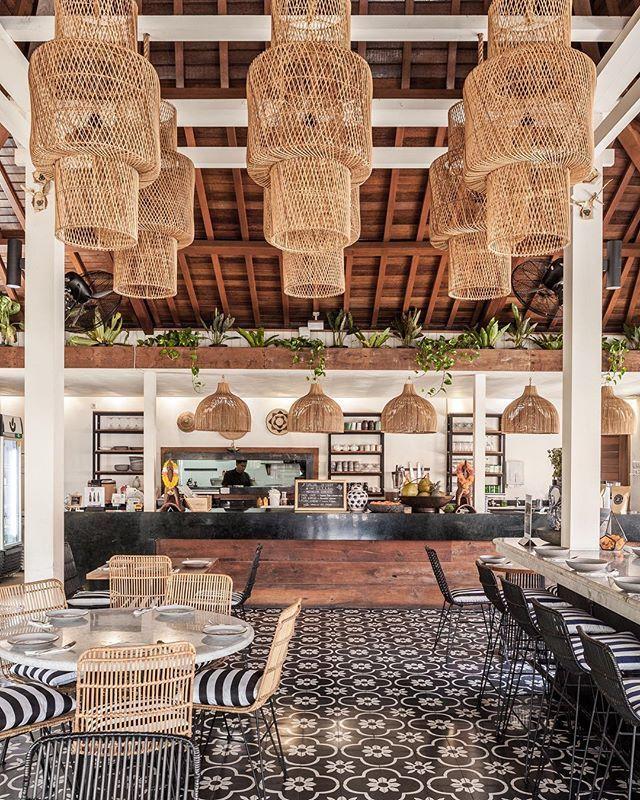 One Of My Favourite Canggu Restaurants That Serves The Most Delicious Indonesian Food Ulekanbali Photographed By Me Baliinteriors Ulekanbali Rumah