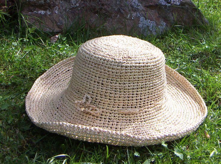 Crochet raffia palm leaf hat - beautiful simplicity.