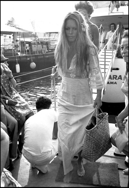 """""""I'm a girl from a good family who was very well brought up. One day I turned my back on it all and became a bohemian."""" - Brigitte Bardot"""