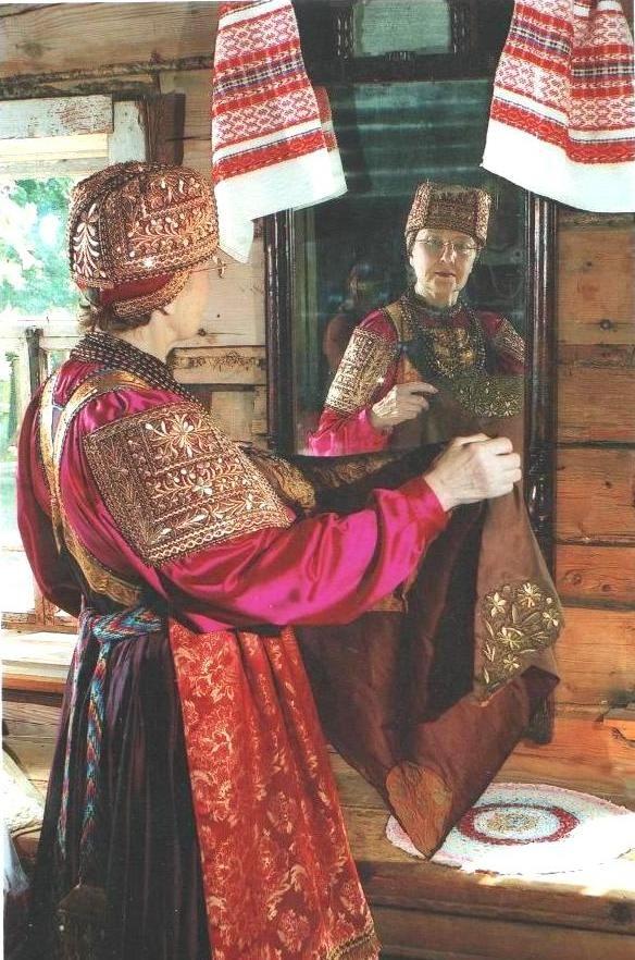 folk-handicrafts-of-nizhnii-novgorod-in-moscow-2