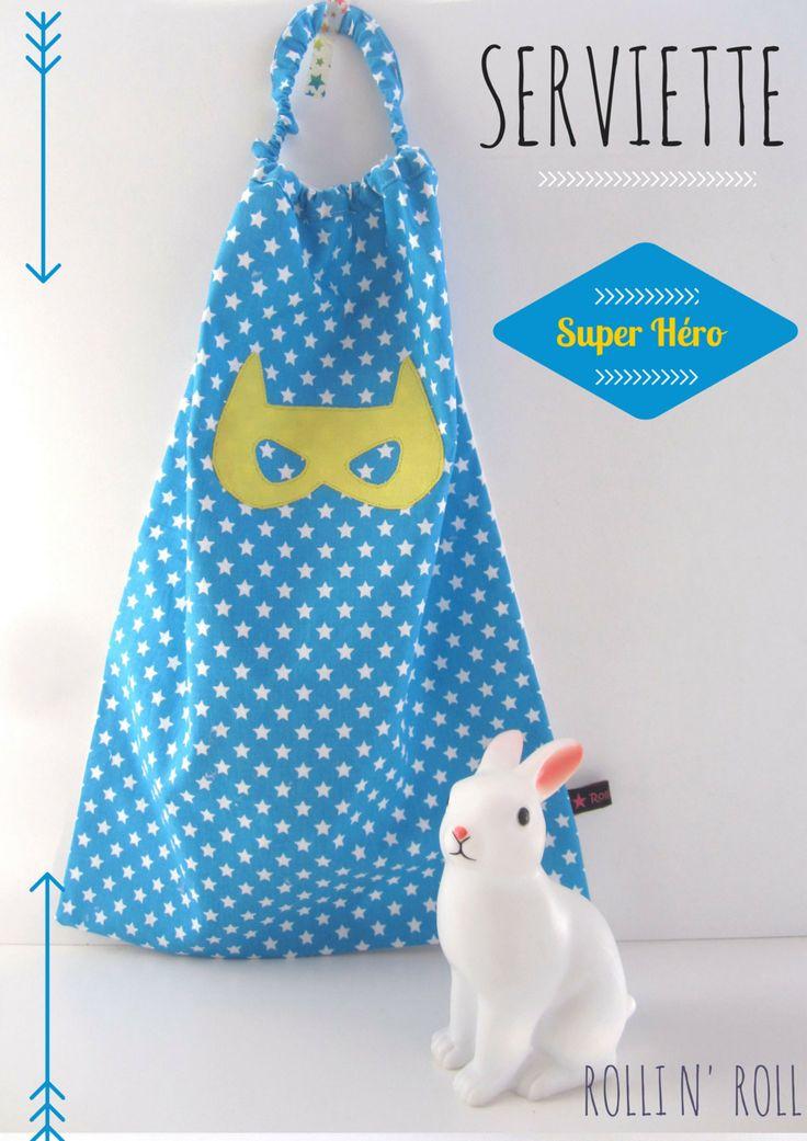 Serviette à enfiler tout seul comme un grand _Super Héro Bleu et jaune : Autres par rolli-n-roll