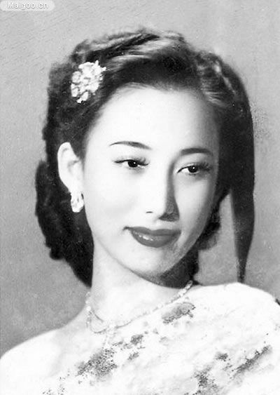 Shangguan Yunzhu - 1940s beauty Asian model actress glam portrait vintage fashion style