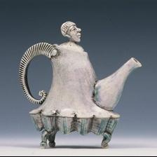 Google Image Result for http://carolwedemeyer.org/images/portfolio/teapots/2455631-R01-052-med-crp.jpg