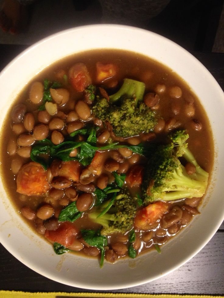 Bean soup with Broccoli