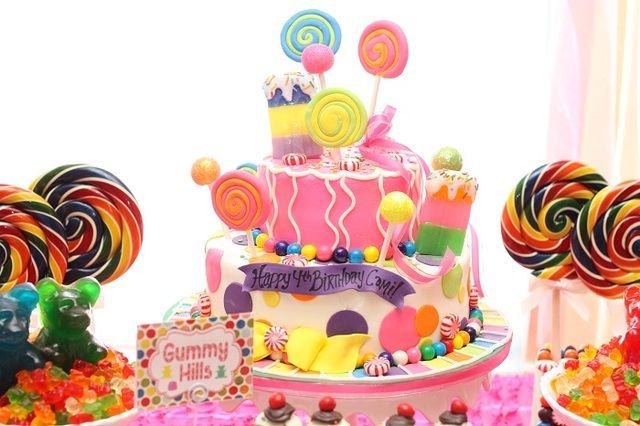 Amazing cake at a Candyland Birthday #candyland #birthdaycake