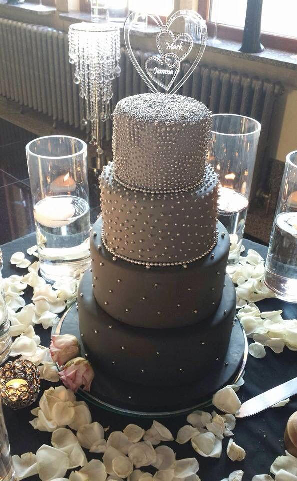 Our beautiful cake ombre greys