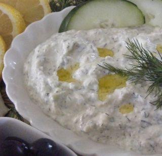 Sauce tzatziki, l'authentique grecque - Recettes du Québec