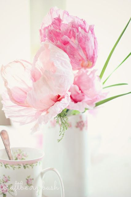 Crepe and Watercolor Flower Tutorial; use these in your bouquet so you can keep it afterwards