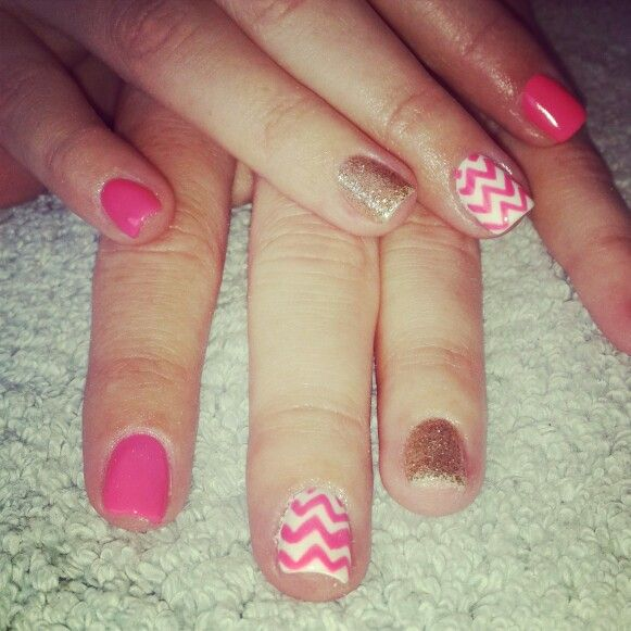 #nailart #nails #love #funky #white #gold #silver#pattern#pink#salmon#coral#bright#nailtechnician#barrettkirsten