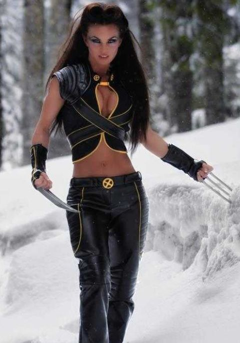 Wolverine sexy cosplay