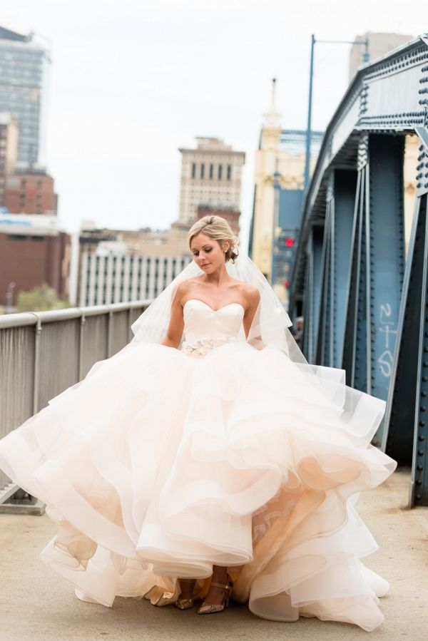 Soft 1920s Inspired Pittsburgh Wedding | Photography by Leeann Marie, Wedding…