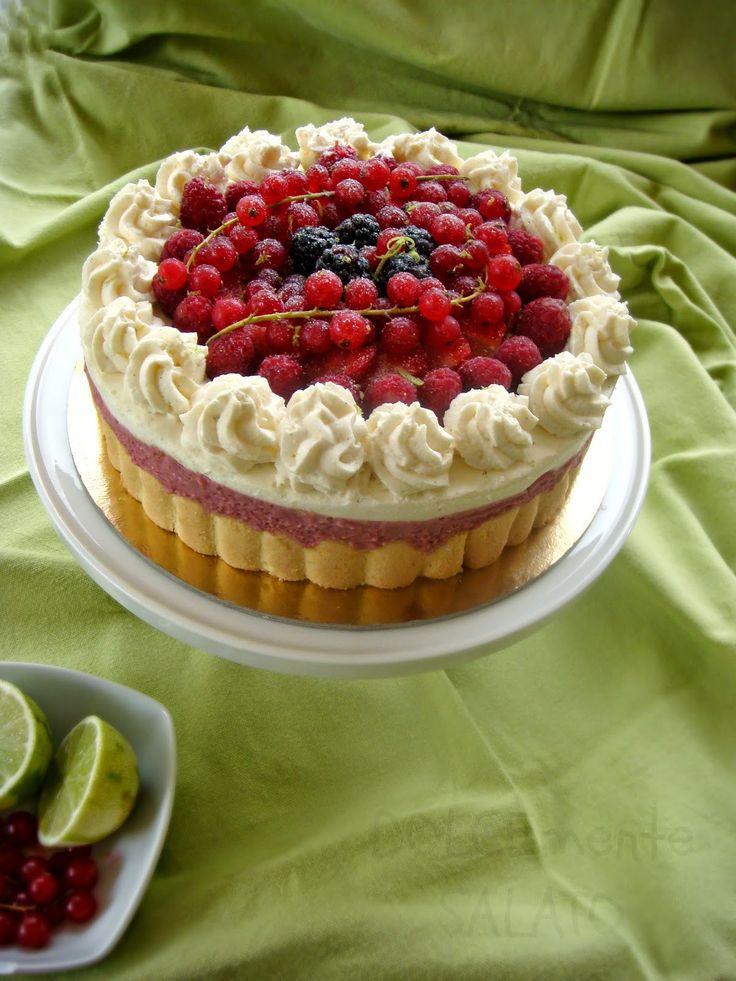 DOLCEmente SALATO: Torta charlotte ai frutti di bosco e lime
