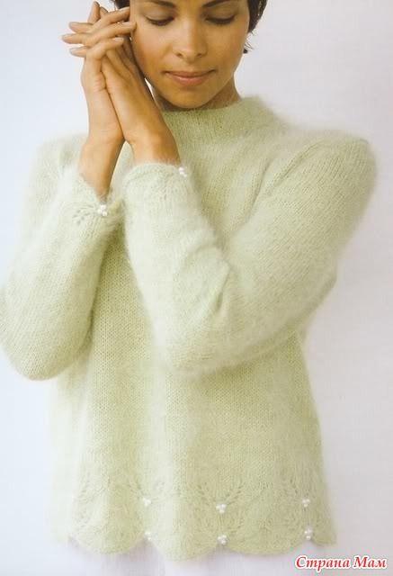 """Пуловер с цветочным узором и зубчатой каймой """"Ягодная гроздь"""""""