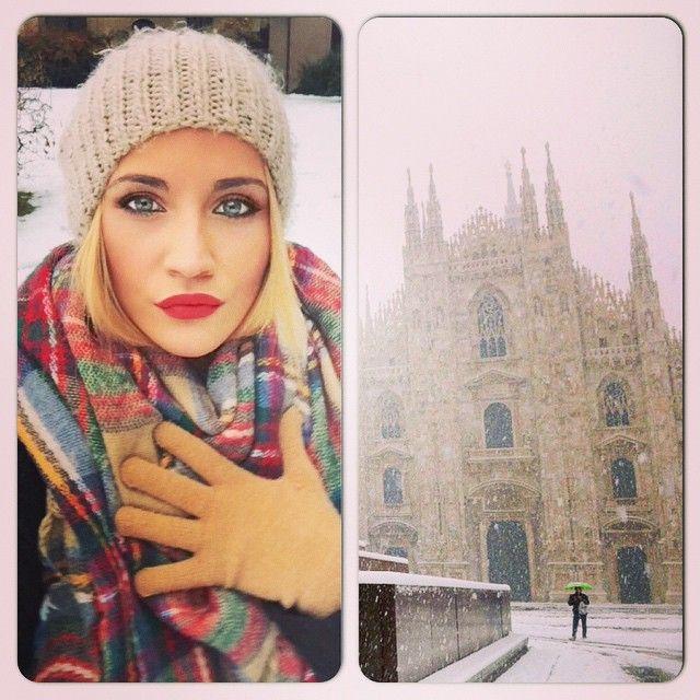 LIDIA I love snow ❤️❄️⛄️ #milan #perfectlife #snow #serenity #happiness #enjoy #solocosebelle #letsgo #work