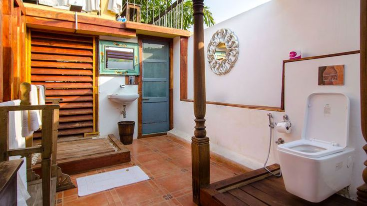*The open-air bathroom at the penthouse suite at Sur La Mer, boutique hotel in north Goa.* To enquire or book: https://www.tripzuki.com/hotels/sur-la-mer-goa/