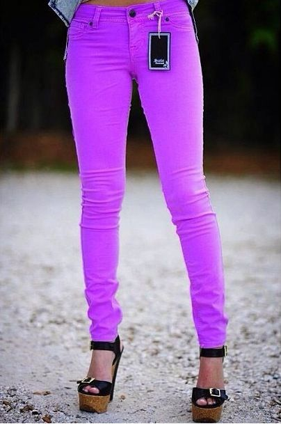 I NEED these neon purple skinny jeans!!