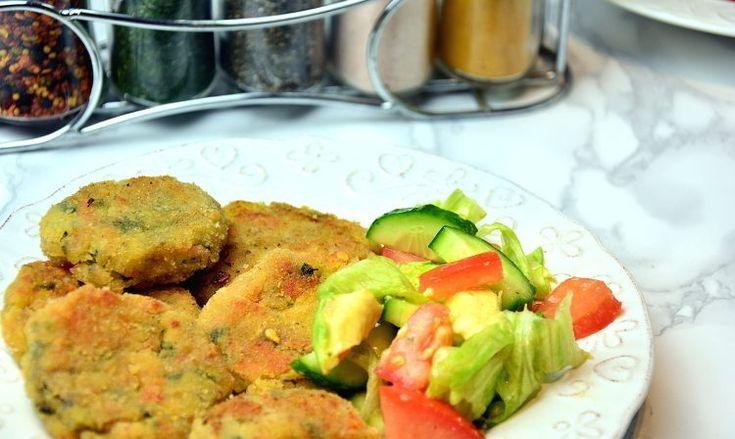 krokiety ziemniaczane z warzywami