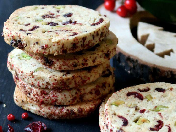 Biscotti ai mirtilli rossi, pistacchi e pepe rosa | Vita su Marte