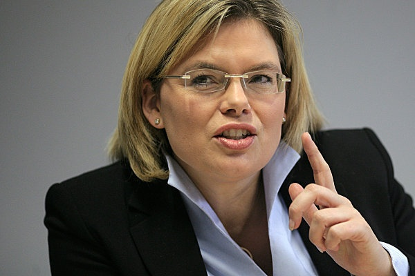 Julia Klöckner (born December 16, 1972 in Bad Kreuznach) is a German politician (CDU). Since March 2011 she is the chairwoman of the CDU faction in the parliament of Rhineland-Palatinate.