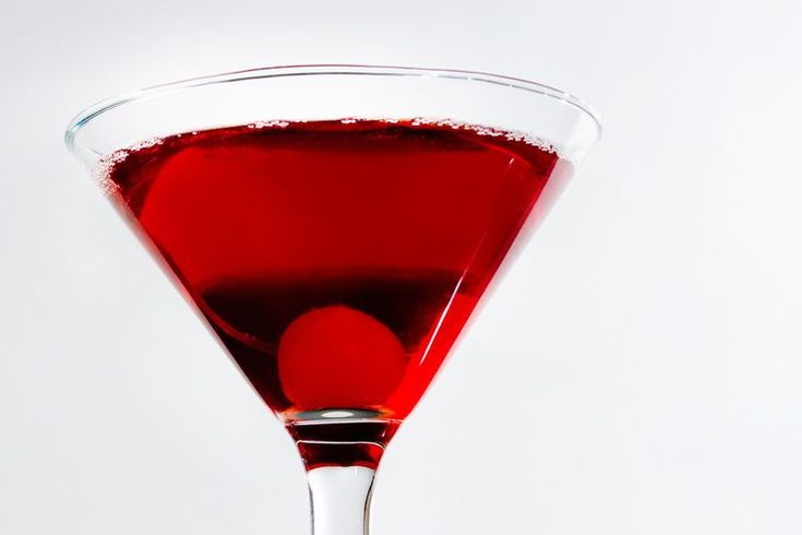 Sloe Gin Makes a Rare Appearance in a Great Martini