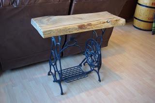 Reclaimed Rustics: Sewing Machine Sofa Table