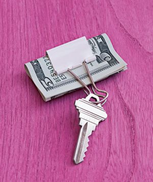 Binder Clip Key Ring. Pinch edge of wires together and one side can be removed from solid metal piece and keys inserted. This is a great idea for the key to the mailbox! Keep the mail in the binder clip while  walking back to home or apartment!