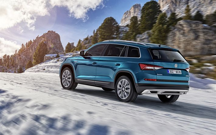 Download wallpapers Skoda Kodiaq Scout, 2018, 4k, blue crossover, riding in the snow, winter, mountains, SUV, Czech cars, Skoda