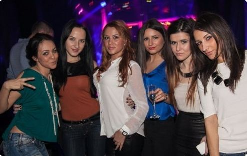 Girls in Upscale Dance Club Boa #bucharest #stagdo #girls
