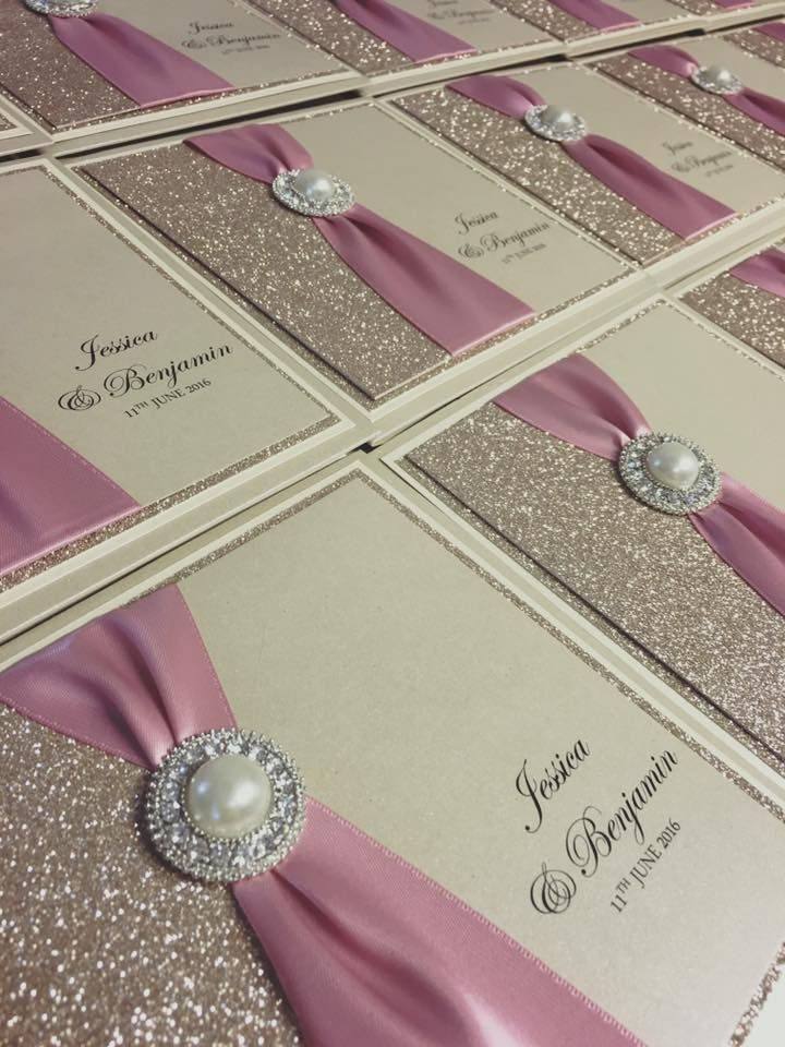 Pink and glitter.. what more could a girl want?!  #weddinginvitations #weddingstationery #pocketinvitation xXx