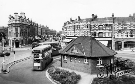 """Wish Muswell Hill still looked like this"" - - Apple Mac Repairs in N10 - FIXAMAC - 0844 7722 334"