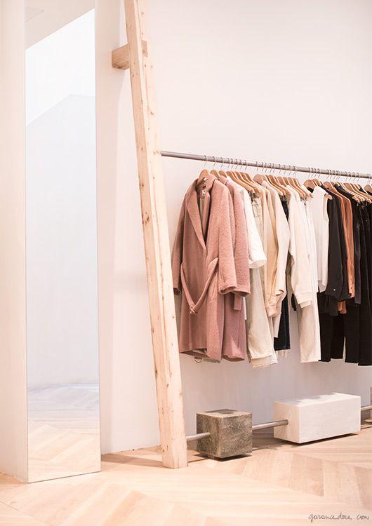 Inspiratie winkel inrichtingen. #winkelinrichting #kledingwinkel #kleding #styling #clothingstore #design #winkelinterieur