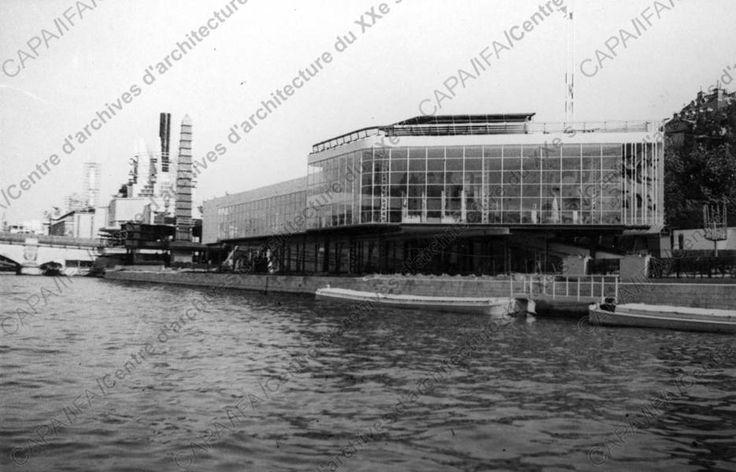 Fonds Pingusson, Georges-Henri (1894-1978) 1936-1937. Exposition internationale de Paris, 1937. Pavillon de l'UAM, quai d'Orsay, Paris 7e : vue ext., n.d. (cliché anonyme). (Objet PINGU-E-36. Dossier 046 Ifa 12. Doc. AR-23-11-04-15).