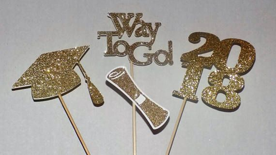 Gold 2018 Graduation Centerpiece Party Decoration a great way to decorate your party, etc.graduation, this item is made double side and comes with stick. They are made of cardstock and comes in a set of 4 pieces, as follows : the Hat is 3.75x3 inches, the 2018 sign is 3.7.5x3.75 inches,