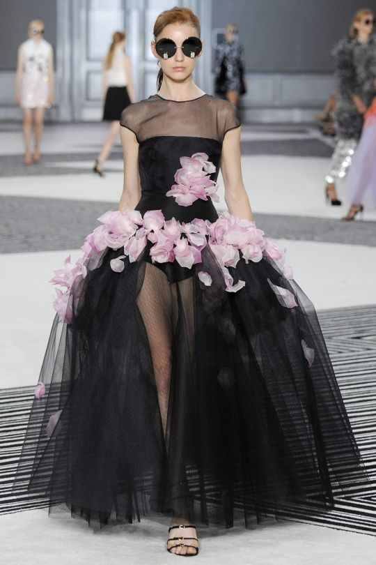 Giambattista Valli haute couture autumn/winter '15/'16 - Vogue Australia