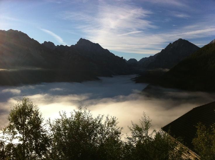 Nuvole basse all'alba - San Vigilio di Marebbe (BZ) Italy