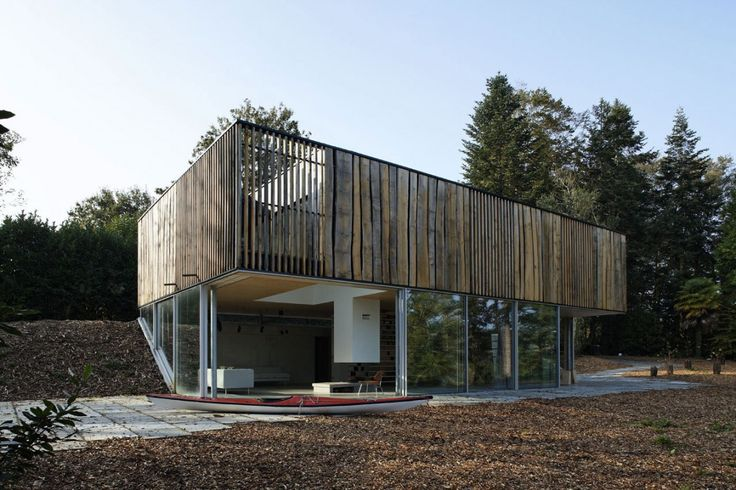 House With Panoramic View Over The River in Brittany, France - http://freshome.com/2013/04/09/house-with-panoramic-view-over-the-river-in-brittany-france/
