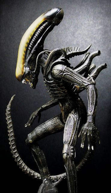 Alien (NECA) by Jova Cheung, via Flickr