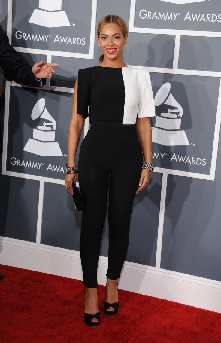 Beyoncé | GRAMMY.com: 2013 Grammi, Celebrity Style, Red Carpets, Beyonce Wear, Celebrity Red, Grammi Awards, Celebrity Fashion, Celebrity Women, 55Th Grammi