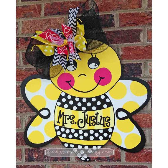 Personalized bumble bee door hanger sign housewares home for Honey bee decorations for your home