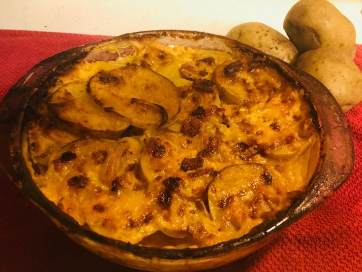 Recipe: Au Gratin Potatoes with Cheddar and Bacon