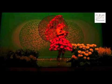 Kwiaty, muzyka i Teatr |