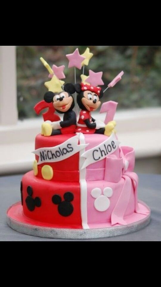 Minnie Mouse Cake And Cupcakes