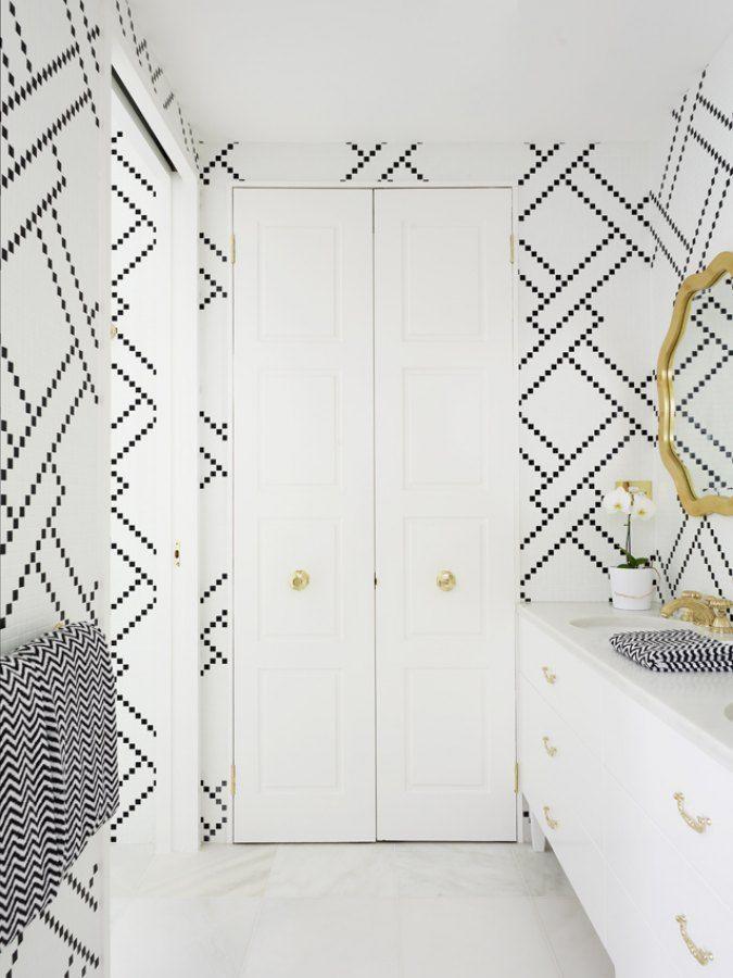 .Love the geometric wallpaper!